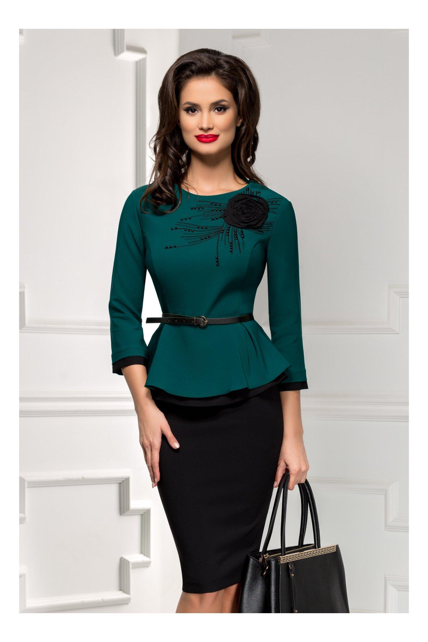 Compleu dama fusta si bluza verde cu aplicatie