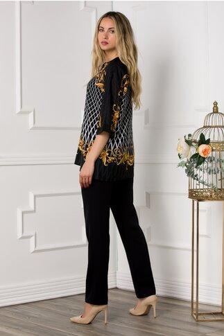 Compleu Diana negru cu pantaloni si bluza cu imprimeu galben