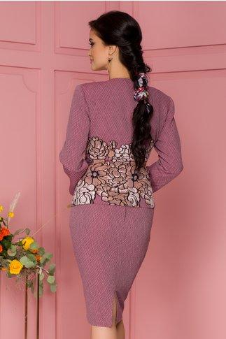 Compleu Ginette lila cu sacou si fusta din material reliefat