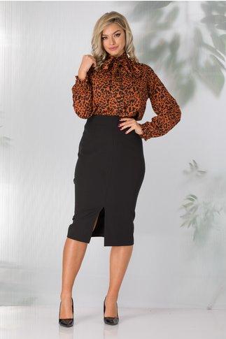 Compleu Jane office cu camasa caramizie animal print si fusta neagra conica
