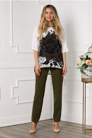 Compleu Katya cu pantaloni kaki si bluza alba cu imprimeu trandafir maxi