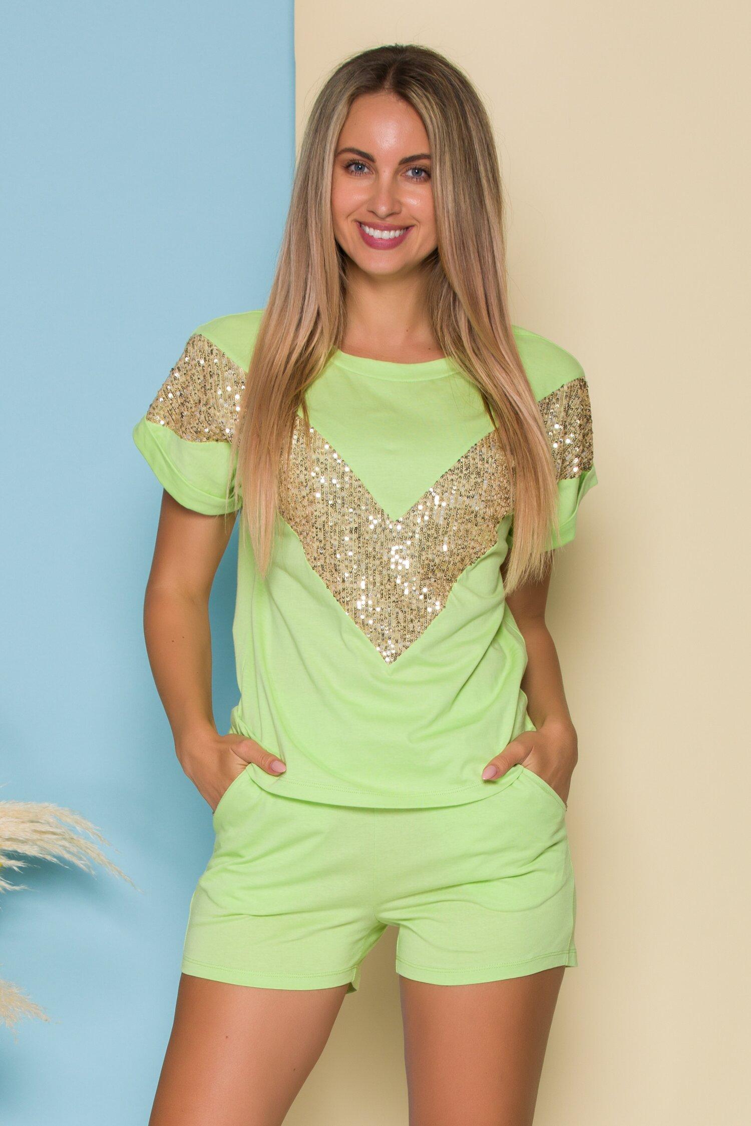 Compleu LaDonna by Catalin Botezatu verde deschis cu tricou si pantaloni scurti cu paiete
