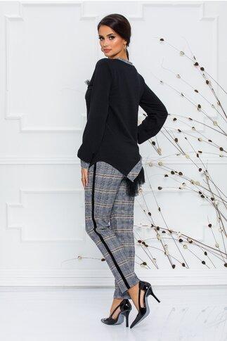 Compleu LaDonna cu topul negru si pantaloni in carouri gri