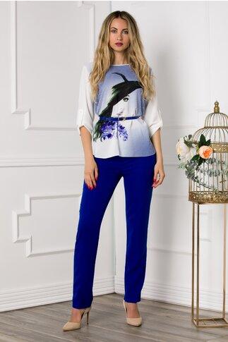 Compleu Larra cu pantaloni albastri si bluza asimetrica cu portret