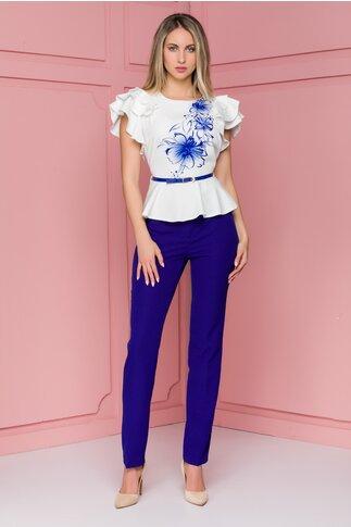 Compleu Sara cu plantaloni albastri si bluza cu imprimeu