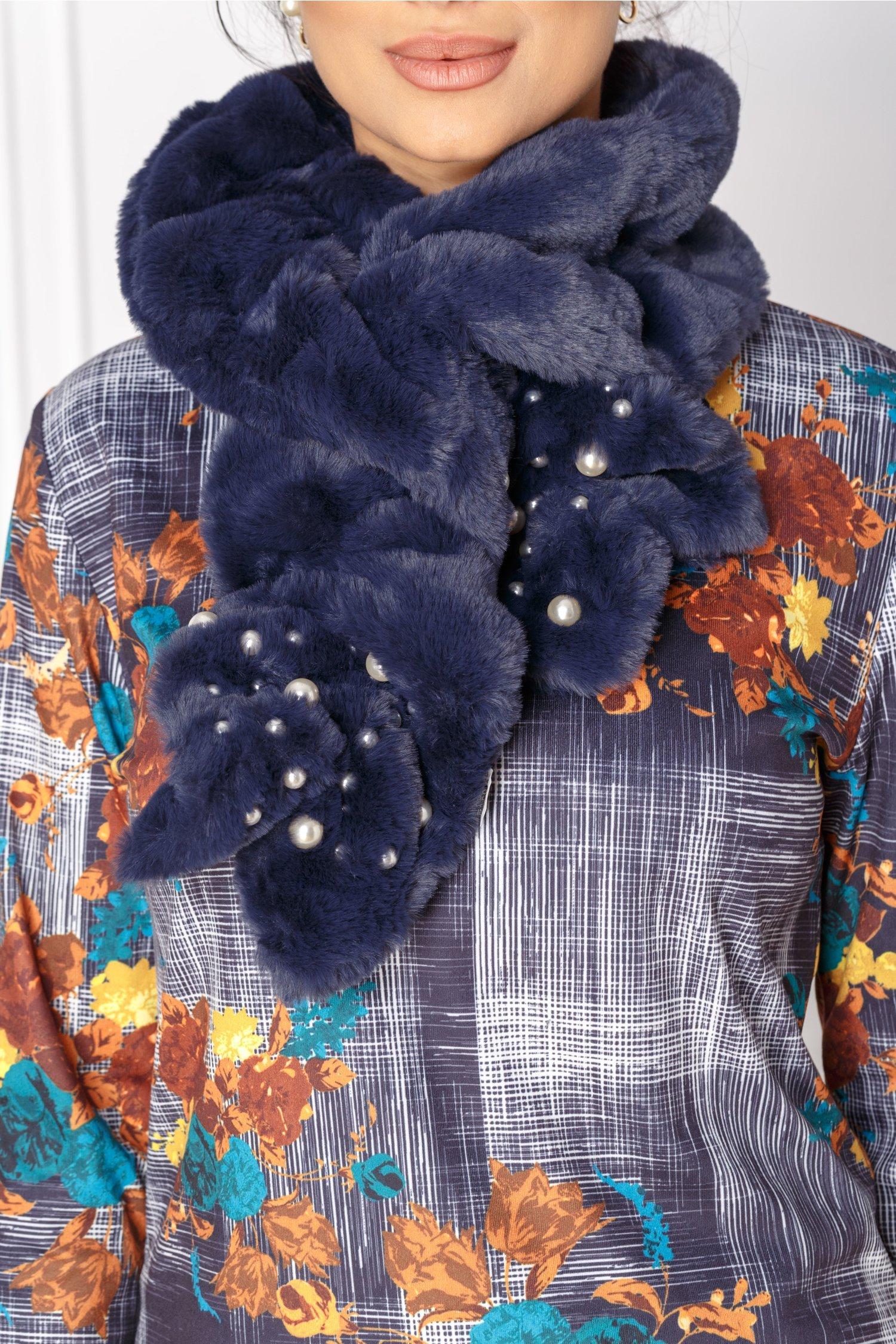 Fular bleumarin din blanita cu perle