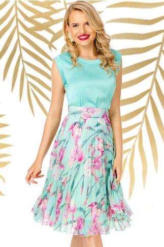 Fusta Pretty Girl turcoaz cu imprimeuri florale mov si pliuri