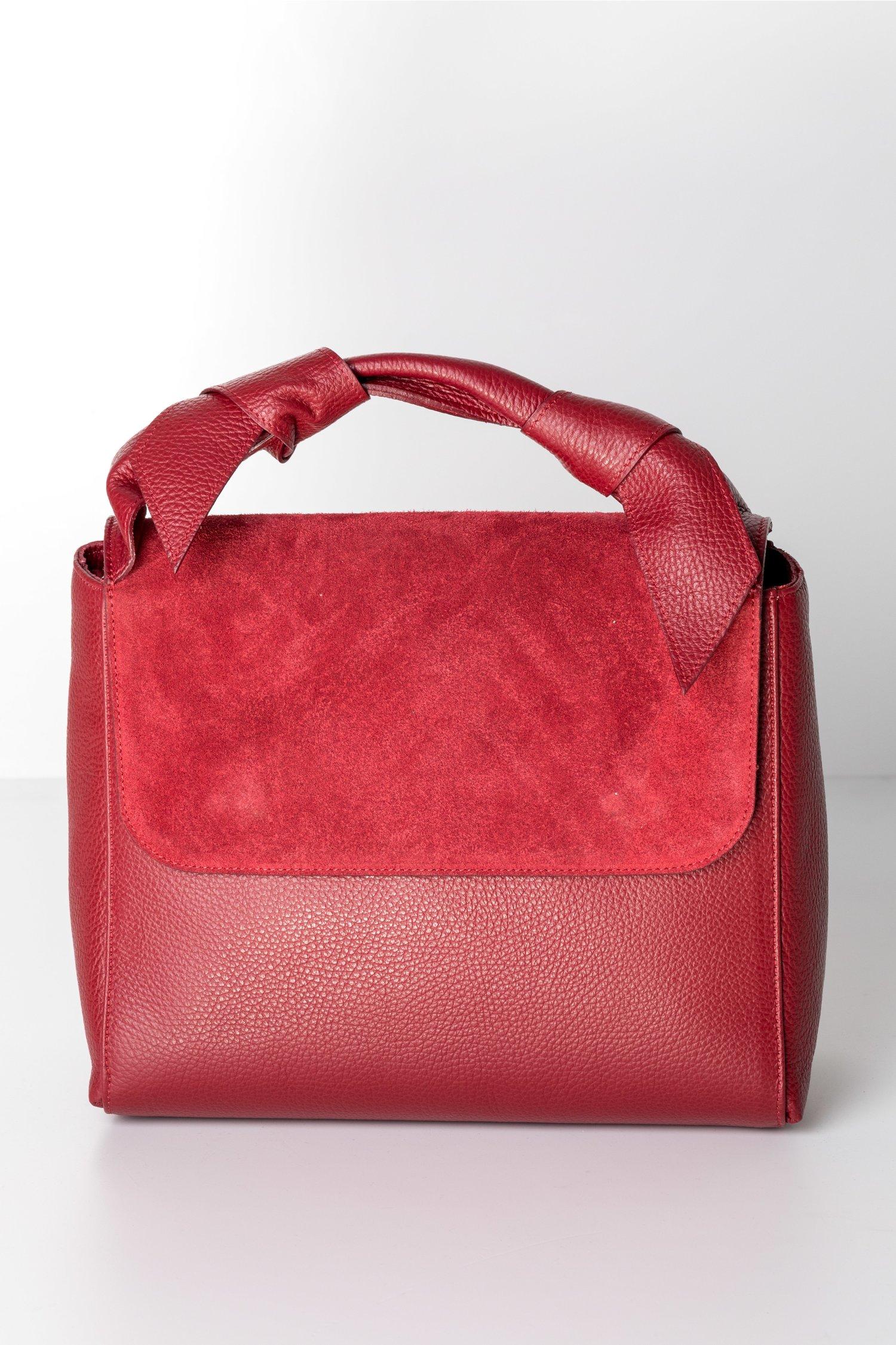 Geanta rosie din piele naturala cu aplicatii la maner