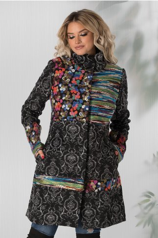 Jacheta Georgy neagra cu guler si imprimeu multicolor