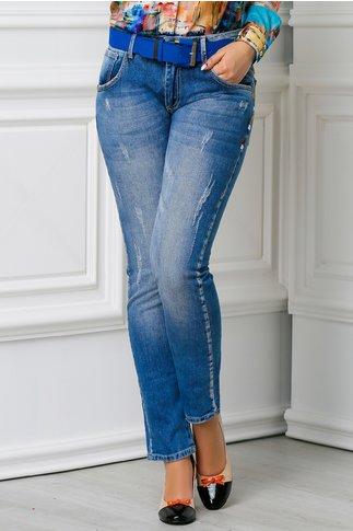 Jeans Daya albastri si cusaturi colorate