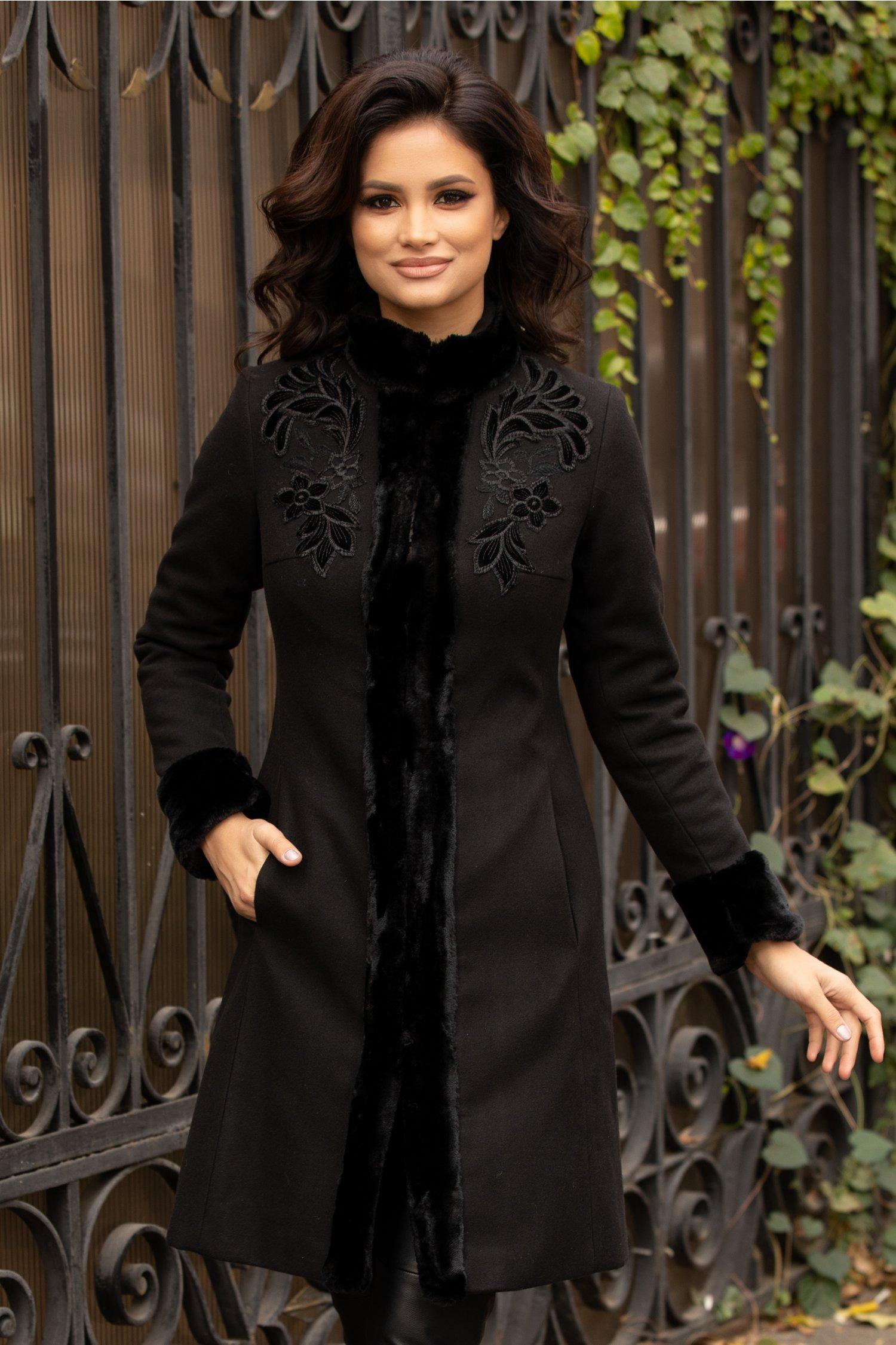 Palton LaDonna negru cu blanita si broderie