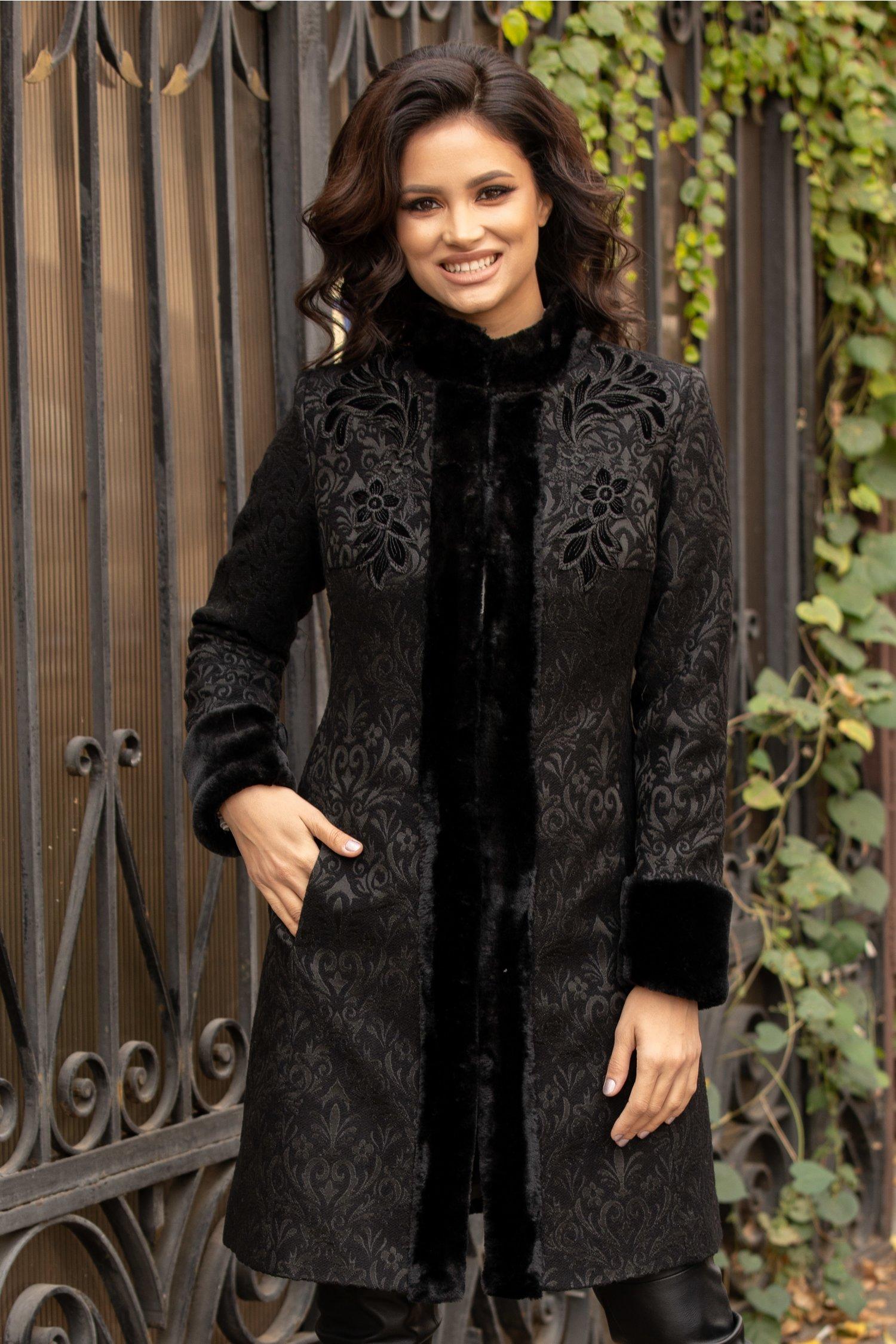 Palton LaDonna negru cu insertii si blanita