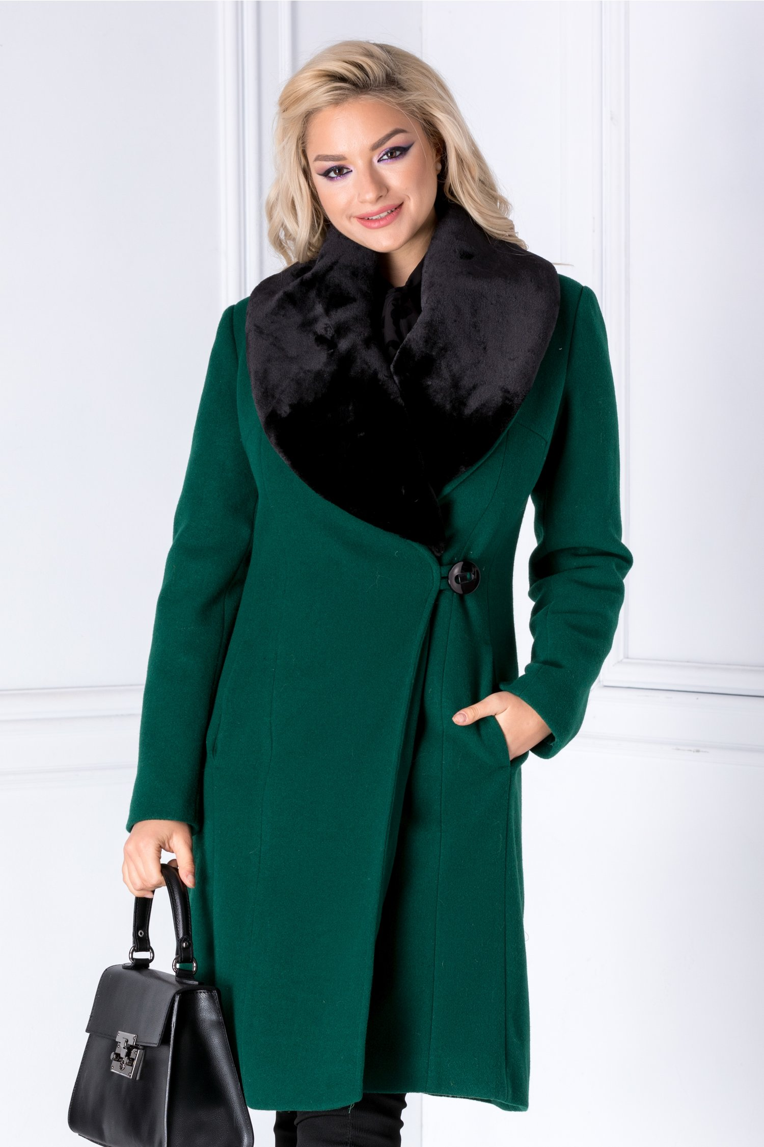 Palton LaDonna verde cu rever din blanita