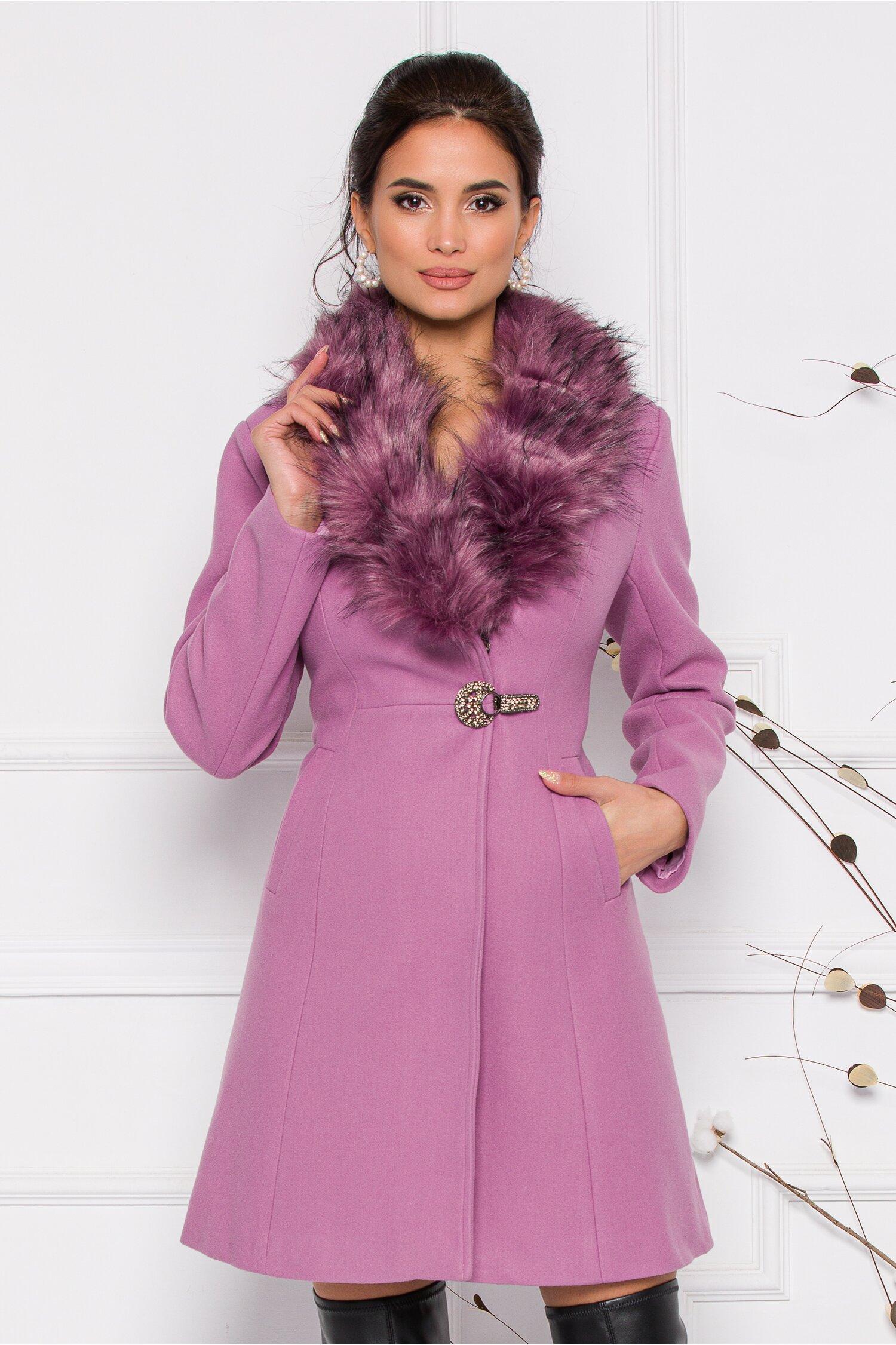 Palton MBG lila cu blanita la guler si sistem de inchidere tip clema accesorizata cu pietricele imagine