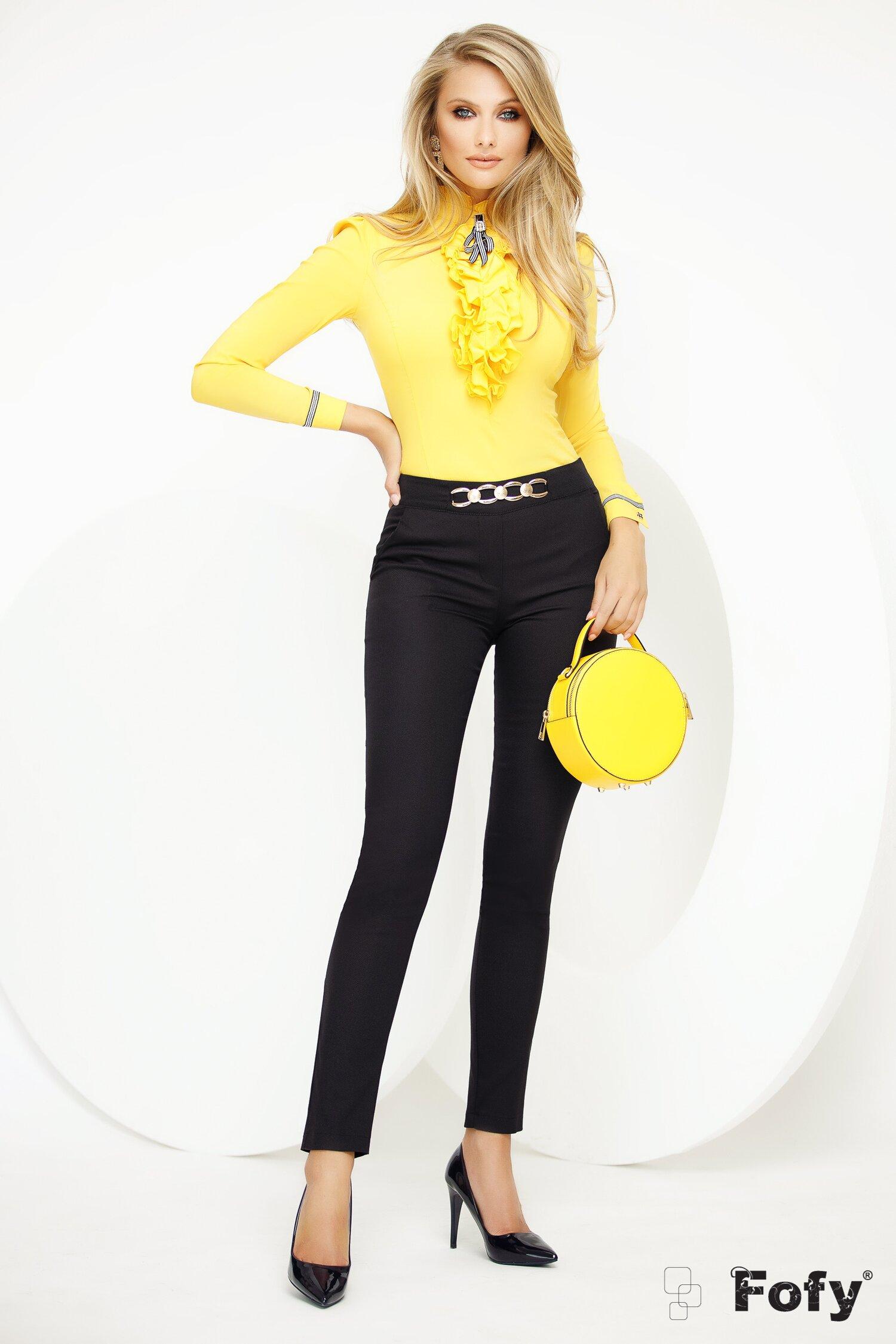 Pantaloni Fofy negri material pretios cu accesoriu auriu