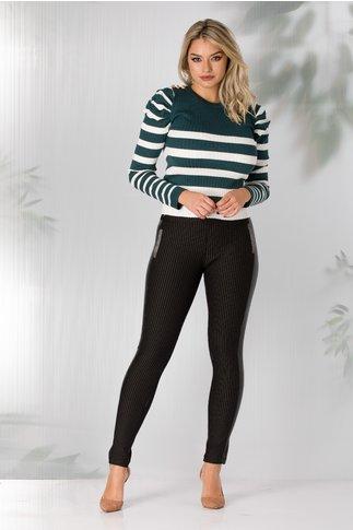 Pantaloni Anisia negri cu dungi fine si piele ecologica pe laterale