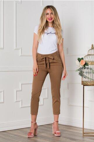 Pantaloni Crina maro cu dungi negre fine
