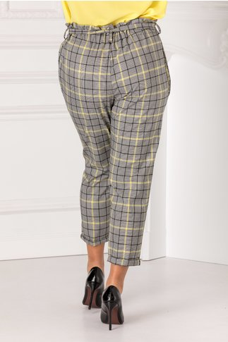 Pantaloni cu carouri galbene si talie inalta