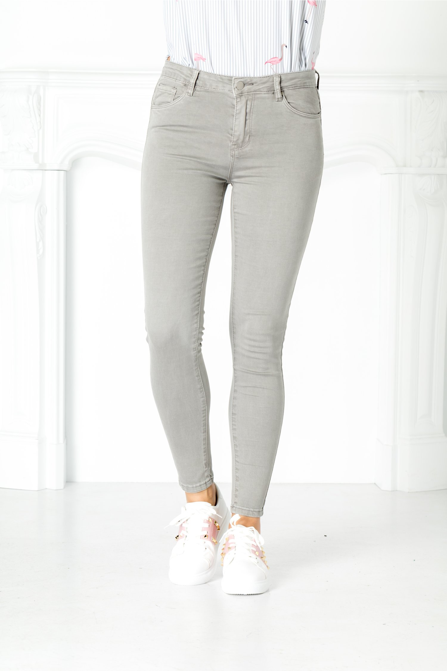 Pantaloni Mali gri