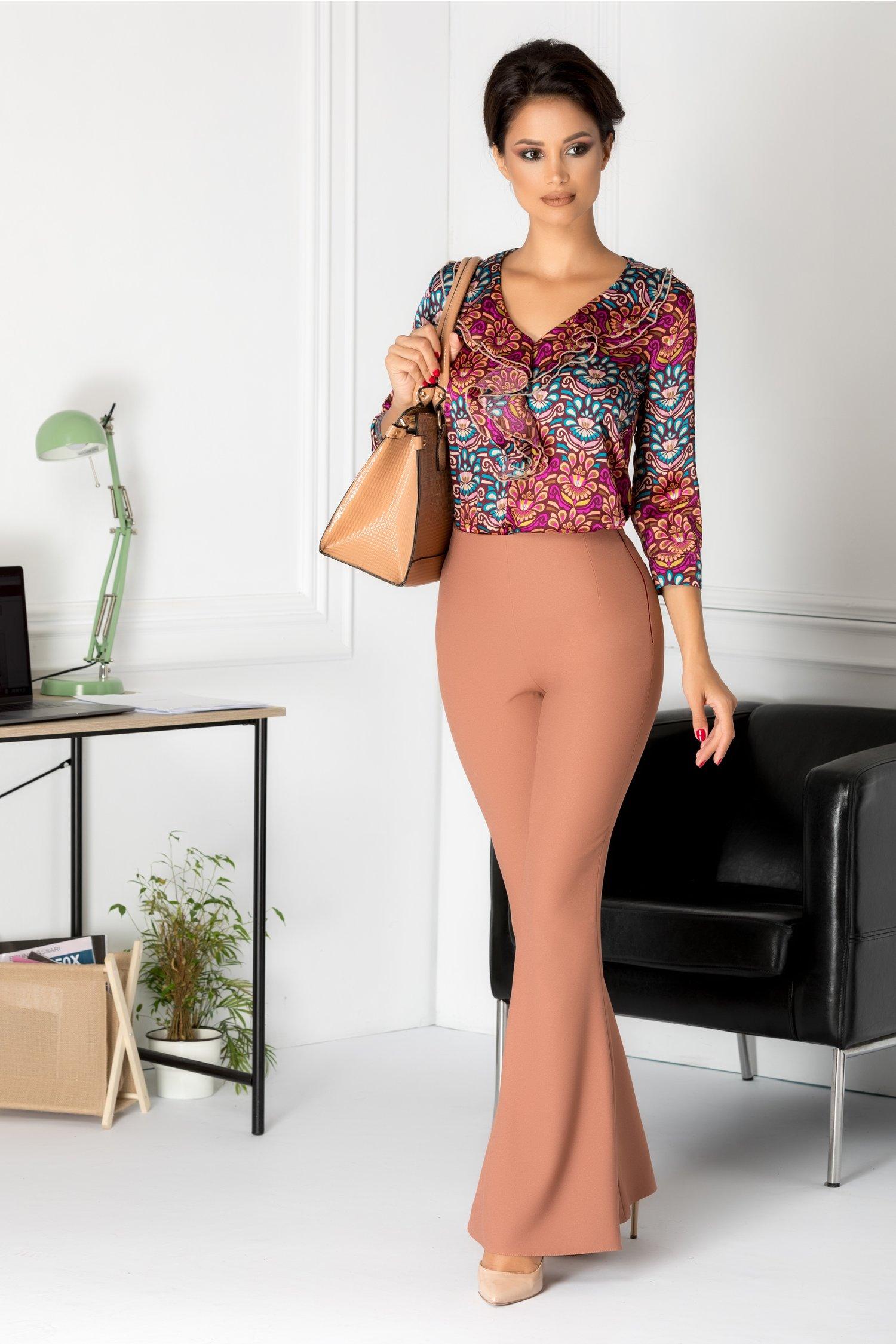 Pantaloni Moze coniac evazati eleganti