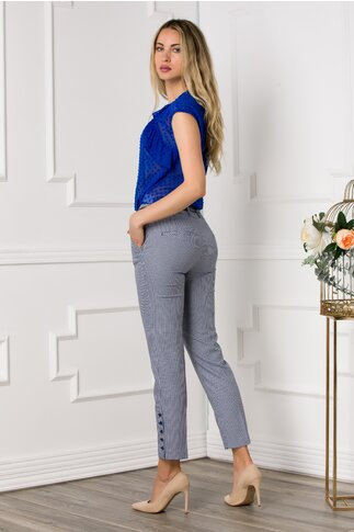 Pantaloni office cu imprimeu bleu si nasturi decorativi la baza