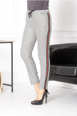 Pantaloni Rina casual cu carouri mici