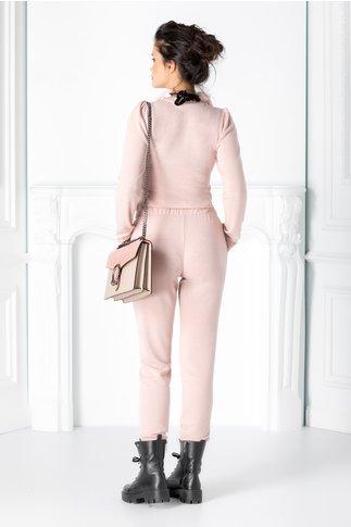 Pantaloni roz prafuit din jerse