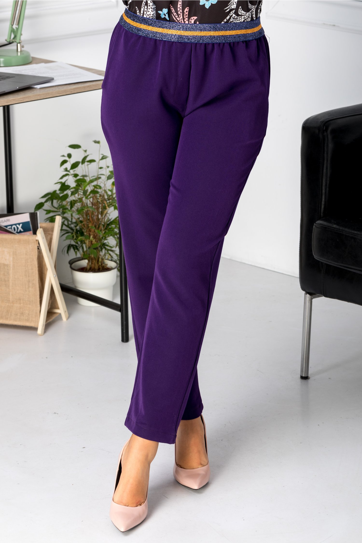 Pantaloni Saylor mov casual