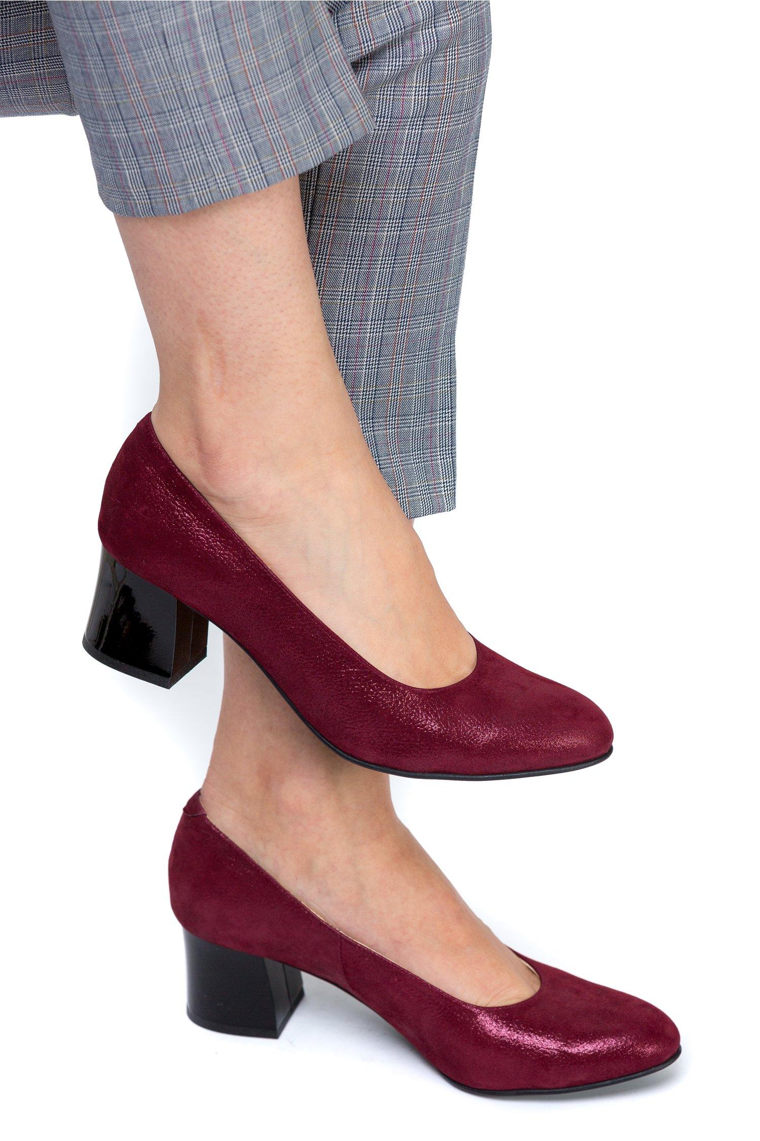 Pantofi Aidin bordo sidef cu toc negru