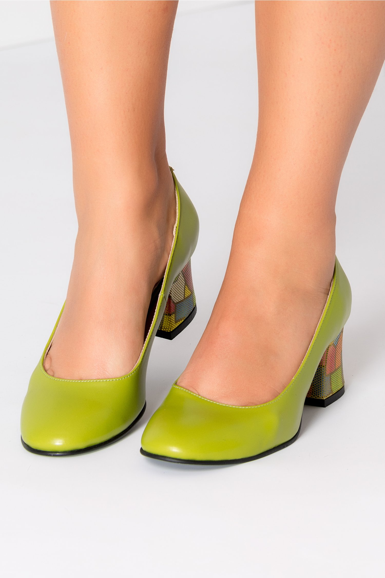 Pantofi Aron verzi office cu toc jos