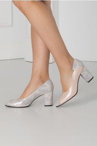 Pantofi bej perlat cu imprimeu sidefat lateral si pe toc