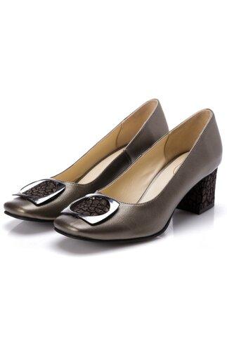Pantofi bronz cu aplicatie metalica pe varf