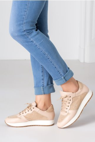 Pantofi casual bej cu insertii din piele intoarsa cu detalii aurii