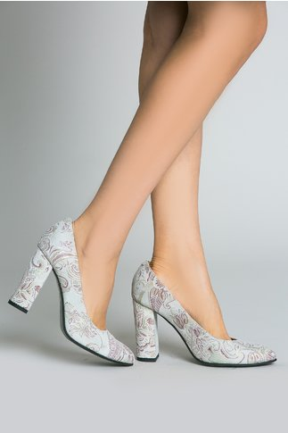 Pantofi Crem Pastelati cu Motive Florale si Toc Inalt