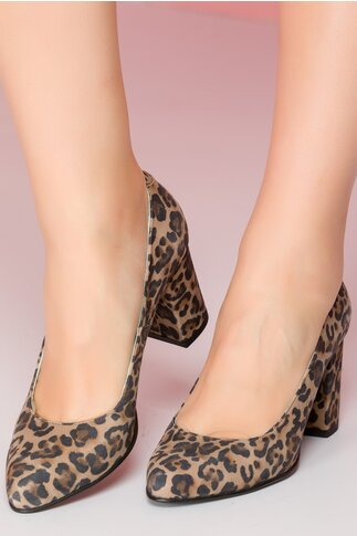 Pantofi cu imprimeu leopard cu toc gros si varf usor ascutit