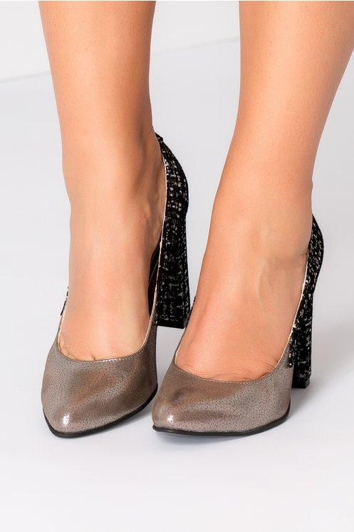 Pantofi dama maro metalizat cu piele intoarsa neagra printata
