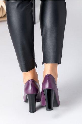 Pantofi dama mov cu aplicatie