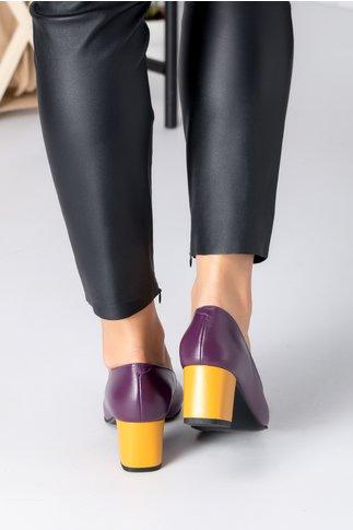 Pantofi dama mov cu aplicatie si toc galben mustar