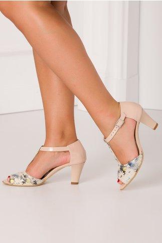 Pantofi de dama lacuiti bej cu imprimeuri florale