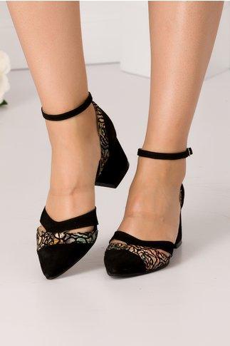 Pantofi decupati negri cu imprimeu floral