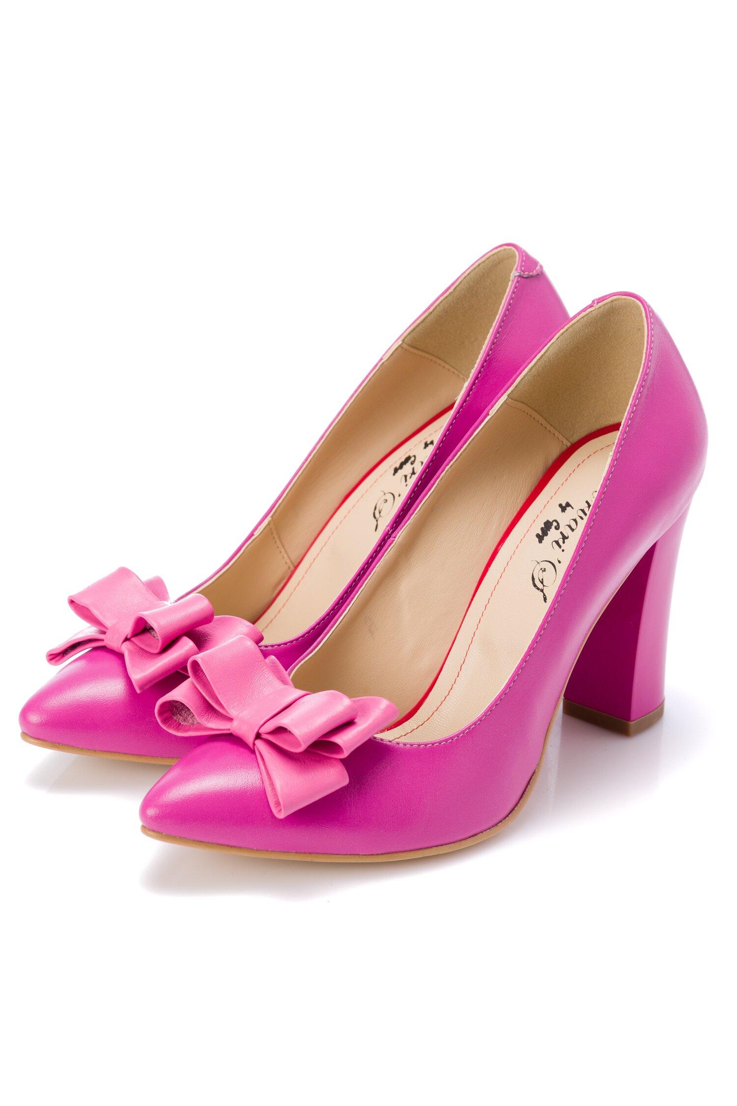 Pantofi fucsia din piele cu fundita roz pe varf cu frunze imprimate
