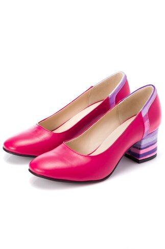 Pantofi fucsia din piele cu imprimeu in dungi pe toc