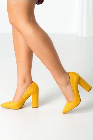 Pantofi galben mustar cu tocul gros si varful ascutit
