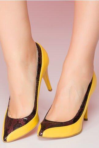 Pantofi galbeni cu imprimeu snake lucios