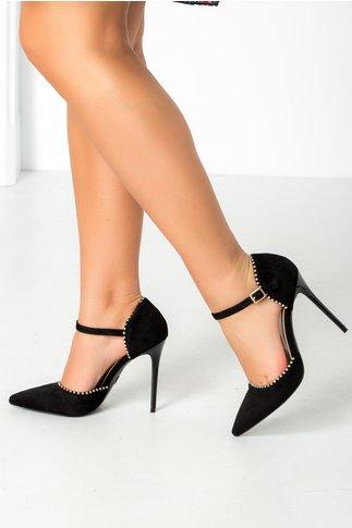 Pantofi  negri cu perlute metalizate