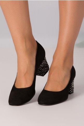 Pantofi negri de piele cu aplicatii albe pe toc