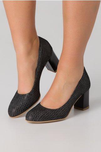 Pantofi negri din piele intoarsa cu imprimeu cu picatele