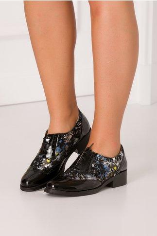 Pantofi negri lacuiti cu imprimeu floral metalizat