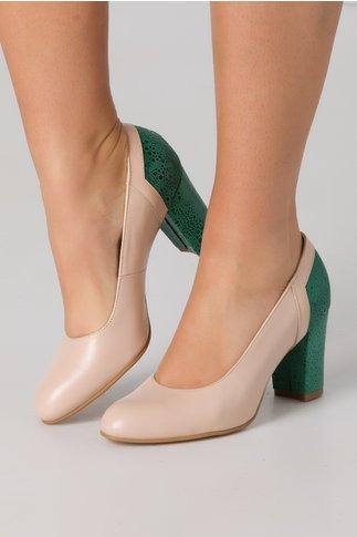 Pantofi nude cu imprimeu verde tip piele de sarpe in spate