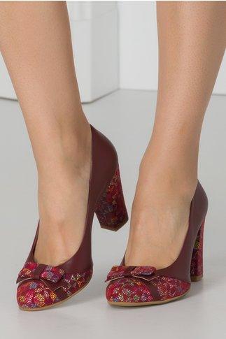 Pantofi office visiniu cu insertii mozaic tip plasa si fundita in fata